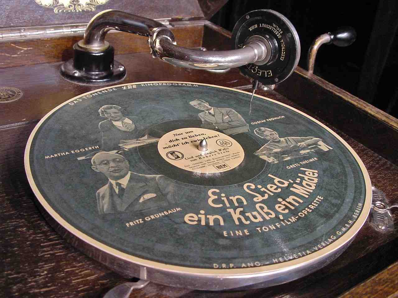 plaque d'angle schell, gramophone, 78rpm